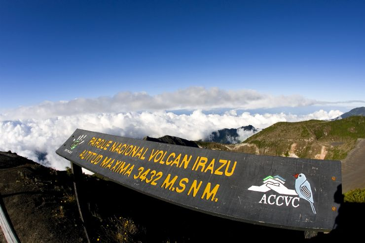 full-irazu-volcano-national-park